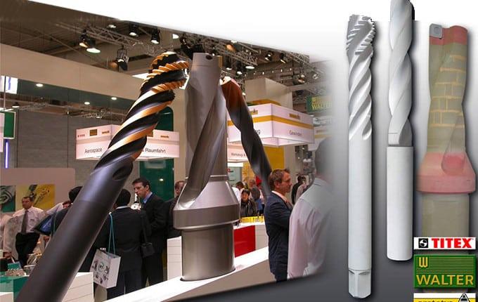 Oberflächen aus glasfaserverstärktem Kunststoff GFK, riesige Installationen, Blickfänge auf Messen und Ausstellungen, Marketing-Mix-Ideen, CAD-Modelle erstellen und herstellen