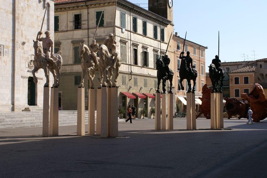Ihre individuelle Büste oder Skulptur lebensgroß, eins zu eins 1:1 xxl-Figuren Skulpturen Marmor Carrara 3D Culture 5-achs-Fräse faszinierendes Erlebnis, Menschen als Büste oder Skulptur in der 3. Dimension zu erleben, Lebensbereiche Privat, Beruf oder Hobby, 3D Culture - das ist eine Kombination aus Tradition und Innovation. Aus Kultur und Hightech, Reiterformation Pietrasanta Italien