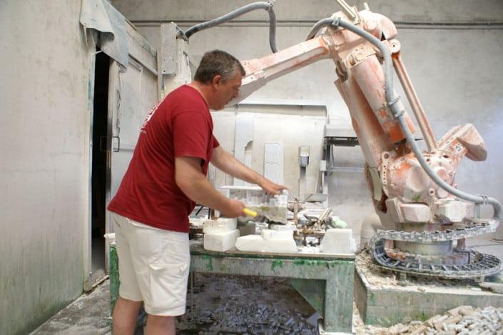 Ihre individuelle Büste oder Skulptur lebensgroß, eins zu eins 1:1 xxl-Figuren Skulpturen Marmor Carrara 3D Culture 5-achs-Fräse faszinierendes Erlebnis, Menschen als Büste oder Skulptur in der 3. Dimension zu erleben, Lebensbereiche Privat, Beruf oder Hobby, 3D Culture - das ist eine Kombination aus Tradition und Innovation. Aus Kultur und Hightech.